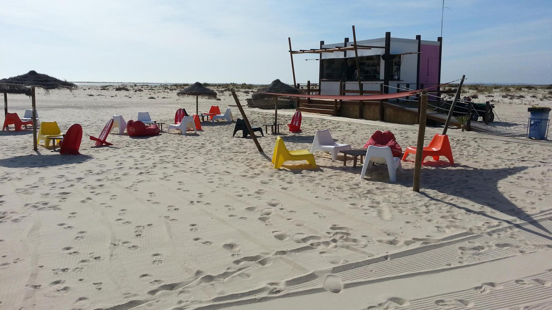 Camaleão in Armona island, Algarve: the best beach bar in Europe