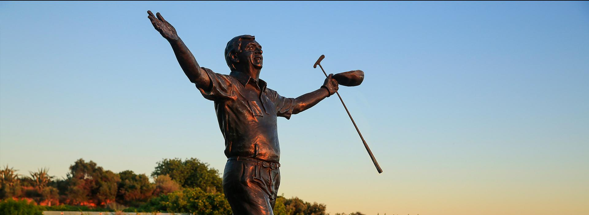 Christy O'Connor Jnr.'s Statue